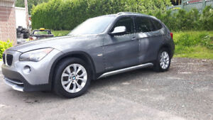 2012 BMW X1 full toit panoramique
