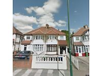 4 bedroom house in Dollis Hill Lane, Cricklewood