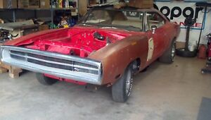 1970 Dodge Charger R/T 440-6 4 speed project