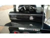 Xbox 360 S + 2 games