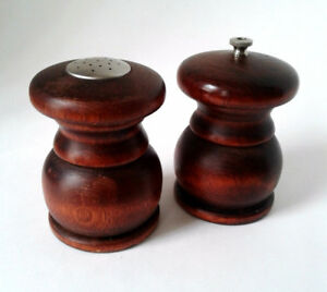 Mid Century Modern Baribocraft 1960's Pepper Mill & Salt Shaker