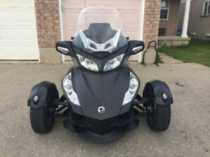 2010 Can Am Spyder RT-S SM5 - Very Rare MATTE BLACK