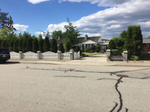 DOUBLE LOT - 18,600 sf ! 167 Elm Penticton BC