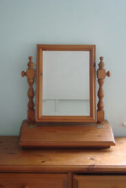 Very pretty pine dressingtable mirror