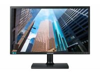 "Brand New Samsung S22E20KBW 22"" DVI Monitor Offers will be considerd"