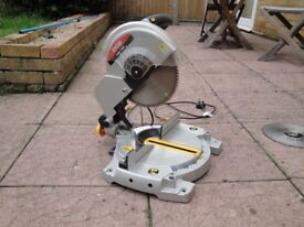 RYOBI POWER SAW 250mm BLADE (ABOUT 10 inches)