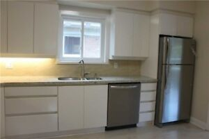 $2700 / 4br - Renovated Luxury Bungalow For Rent In High Demand
