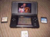 NINTENDO DS LITE WITH CASE CHARGER AND GAMES