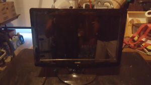 "LCD TV COBY 15 inch 15"" like new"