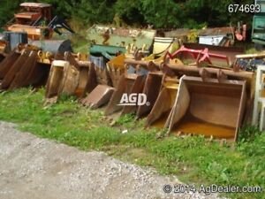 Various Backhoe & Excavator buckets
