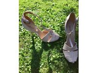 Chic very high stiletto heeled caged beige t-bar sandals size 41/42