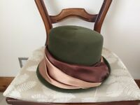 Vintage designer hat by Siggi: beautiful green hat with silk draping & lovely quality
