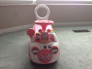 Mini Mouse Ride on Car
