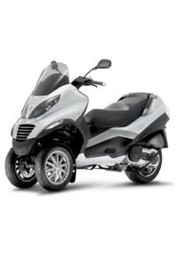 PIAGGIO MP3 SCOOTER *** FAITE PAR VESPA!!