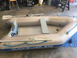Quicksilver 270 inflateable