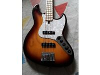 Bass Guitar for sale as new condition Marcus Miller V7 Swamp Ash-4 TS