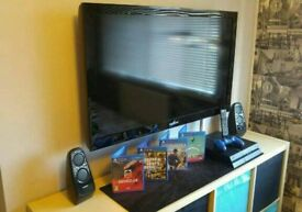 PS4 and TV bundle