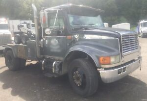 1996 international 4700lp wrecker