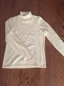 Pretty Ralph Lauren sweater. Cashmere