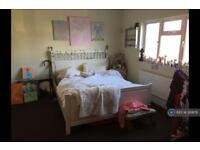 1 bedroom flat in Penfold Road, Clacton-On-Sea, CO15 (1 bed)