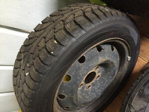 4 Hancook Winter Tires with Rims
