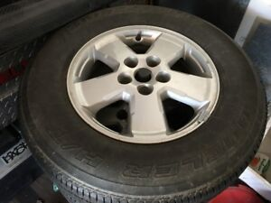 Ford Escape factory rims with tires