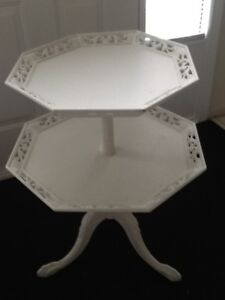 White Shabby Chic Decorator Table