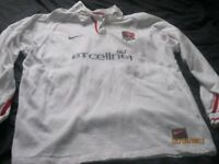 EXCELLENT CONDITION 2 HOODIES 1 ENGLAND RUBY SHIRT
