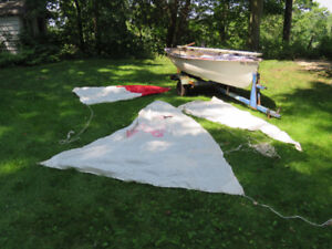 11 feet sail boat with trailer
