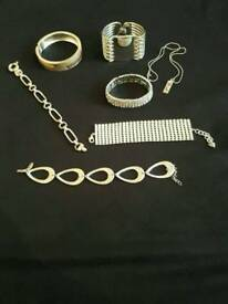 Selection of jewellery