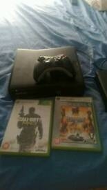 Xbox 360 working perfectly with controller and games £40