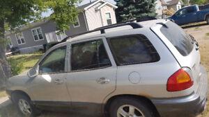 2001 Hyundai Santa Fe dark grey SUV, Crossover