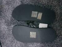 Orginals Black Calvin Klein flip flops size s size 3