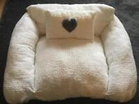 Handmade Medium Dog Cuddle Chair