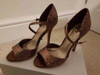Brown High heels Sandals - Size 4