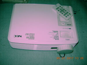 Texas Instruments NEC NP100 Projector