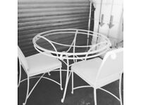 Beautiful consevatory/garden table and 4 chairs
