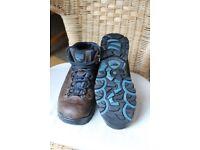 Mens walking boots - HI-TECH brand, size 8