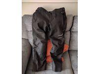 "Alpinestars AST-1 Waterproof Motorbike Trousers 34"" Short (Motorcycle Trousers)"