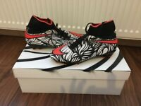 Neymar sock football boots size 4 1/2 good condition.