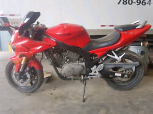 2007 Hyosung gt250r hasn't even needed the first oil change