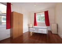 Two bedroom flat to rent in Harringay, N4 1DX, London