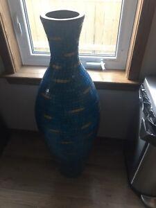 Showpiece - Vase