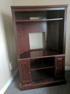 Free entertainment unit (pick up only)