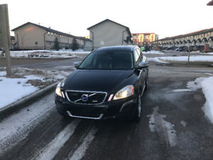 2011 Volvo XC60 T6 Level III R-Design SUV, Crossover