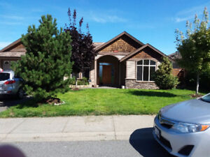 North Nanaimo Executive upper level House for Rent