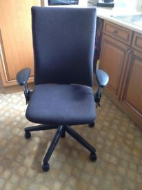 Pre owned Comforto, good quality operator chair