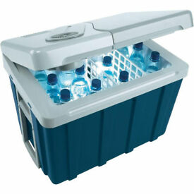 Mobicool 40 litre BRAND NEW sealed W40 240v AC 12v & 24v Car or Truck version Thermoelectric Cooler