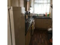 CUTE 2 BEDROOM GARDEN FLAT IN GREAT LOCATION CLOSE TO BRUCE GROVE STATION AND GOOD SHOPS - N17 6TB