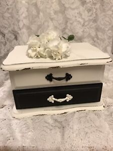 UP CYCLED JEWELRY BOXES